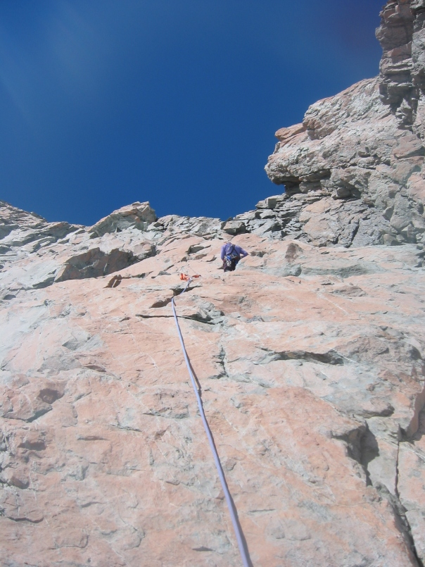 Vanessa Wills leads up the Red Buttress on 9144