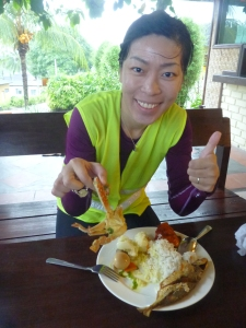 Stephanie enjoys the delicious buffet lunch at Pelangi Balau Resort