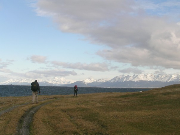 Setting off along the trail, the Beagle Channel on one side and the snowy mountains of Tiera del Fuego rising above Ushuaia on the right.