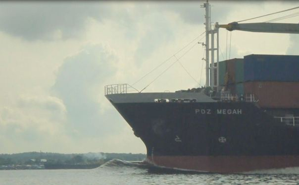 Love the bow wave of this vessel which steamed past it at a fair rate of knots in the Johor Strait.