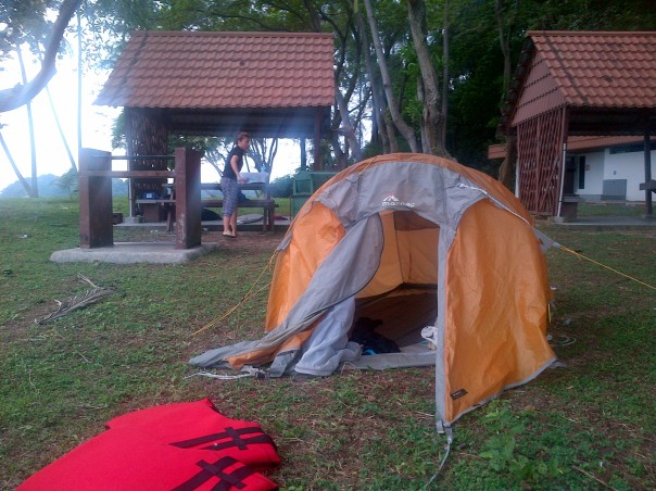 Home for the night. The MACPAC tent on Sisters Island