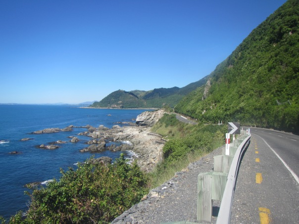 The beautiful Kaikoura coastline - complete with seal colonies!
