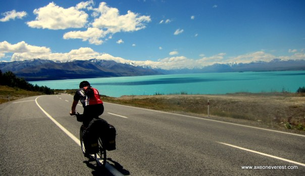 Alan Silva cycles past Lake Tekapo.