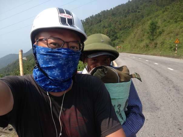 Giving a random stranger a free ride over the Hai Van Pass to Danang, 30km away. Sometimes you help others and sometimes, others help you. (May, 2014)